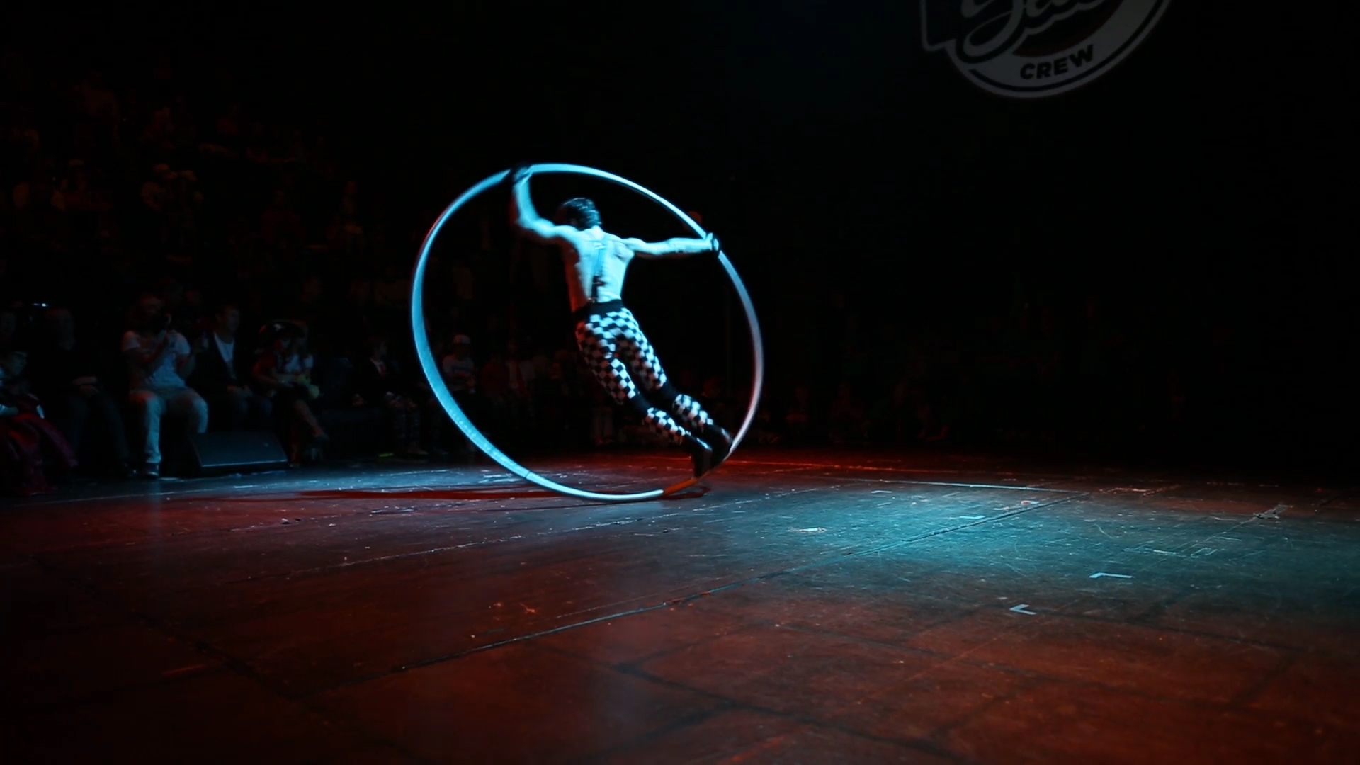 Cyrwheel show