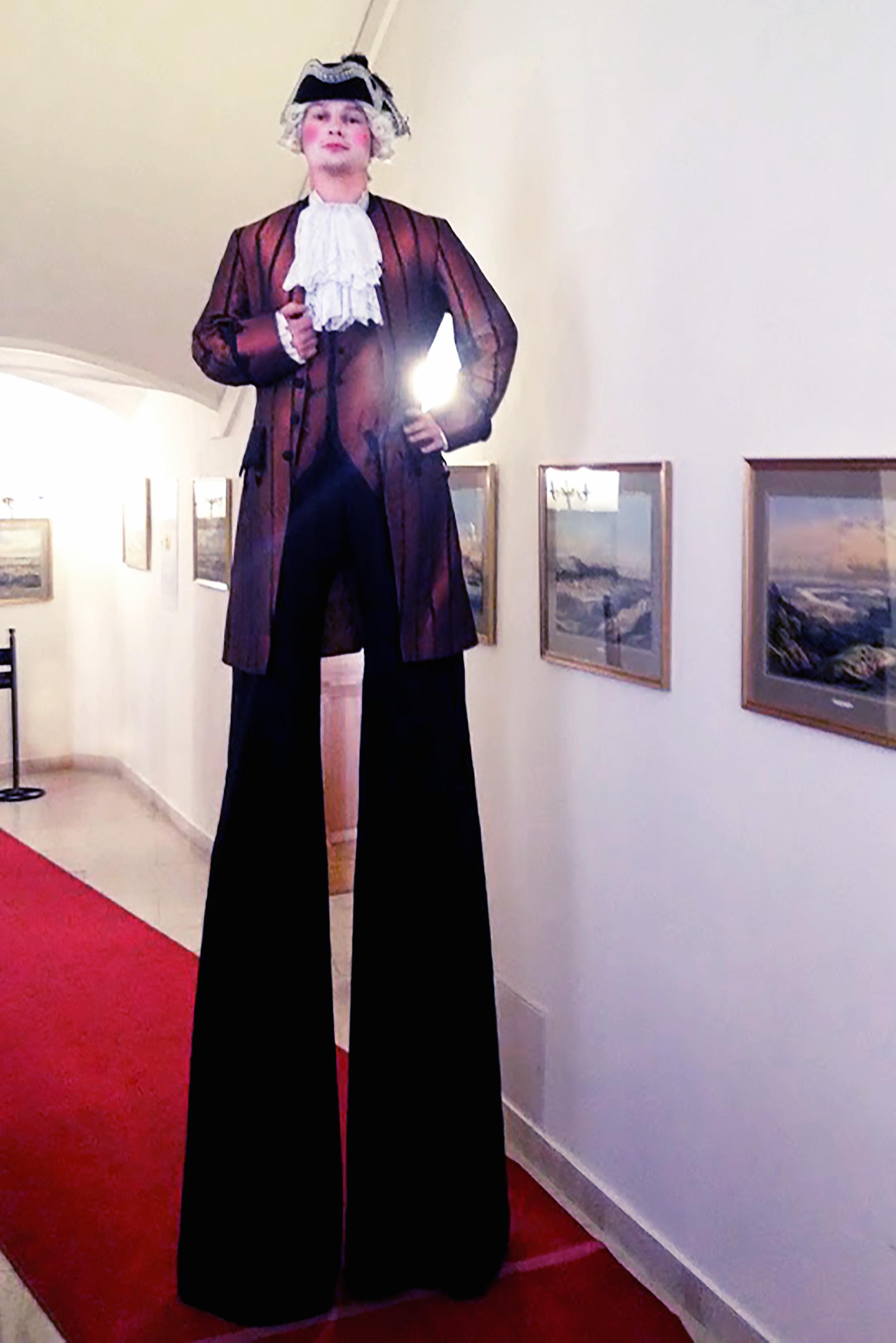 Chůdař historický kostým
